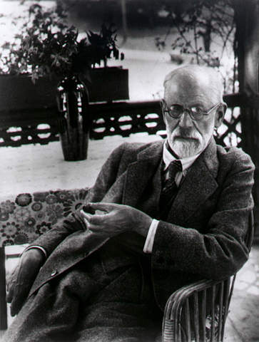 http://homelessmanspeaks.files.wordpress.com/2007/11/sigmund-freud-nov-27-2007.jpg